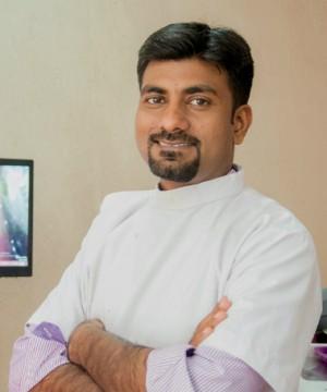 Dr Vinayak Karun-Family Dental Care-Indore-mp